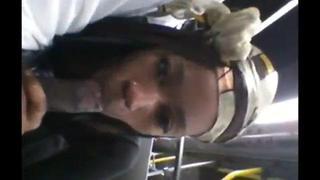 Comendo A Novinha Bem Gostoso No Ônibus   Porno Cafajeste