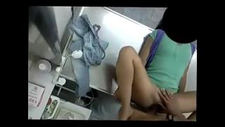 Medico Tarado Fodendo A Paciente Novinha