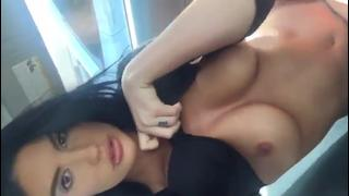 Morena Cavala Mostrando O Corpo De Panicat   Porno Cafajeste