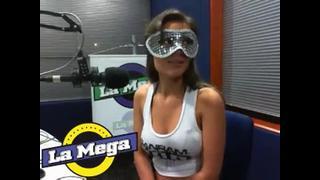 Modelo Deixou Todo Mundo De Pau Duro Na Radio   Porno Cafajeste