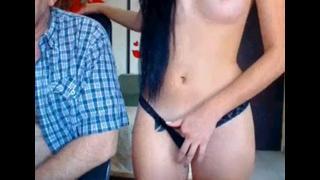 Novinha Casou Com Velho E Faz Putaria Na Cam